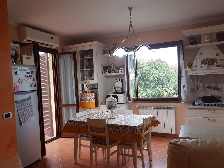 Appartamento con terrazzo a Santa Maria a Monte - 01