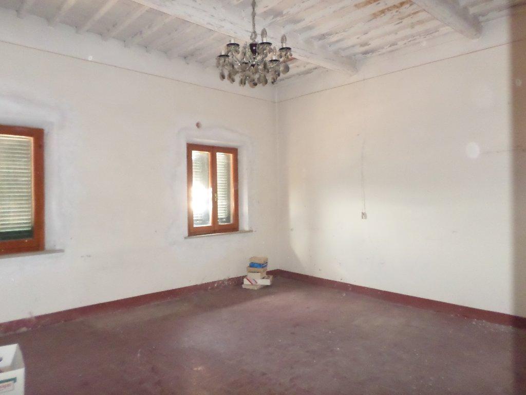 Casa indipendente a Santa Maria a Monte - 01