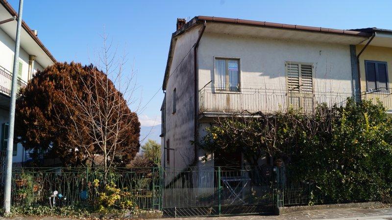 Casa indipendente corso umberto i Alvignano