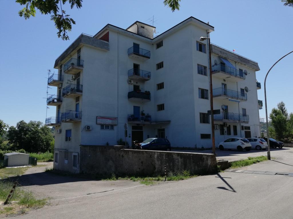 Appartamento a Caiazzo in via astolfi - 01