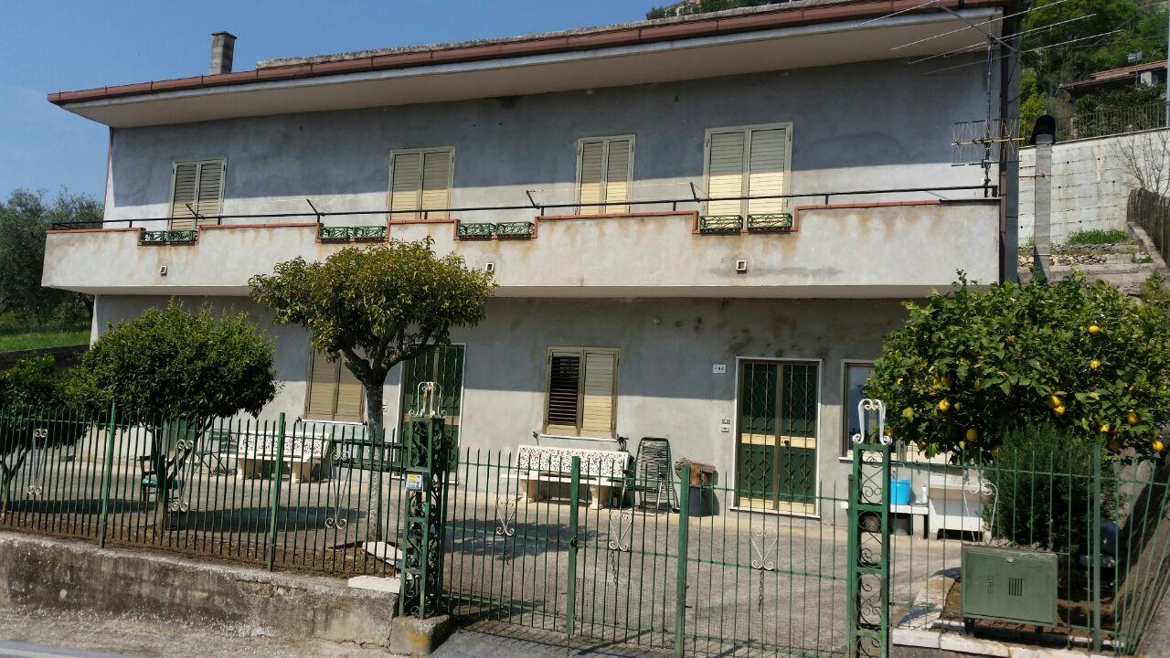 Casa indipendente a Presenzano in via comunale - 01