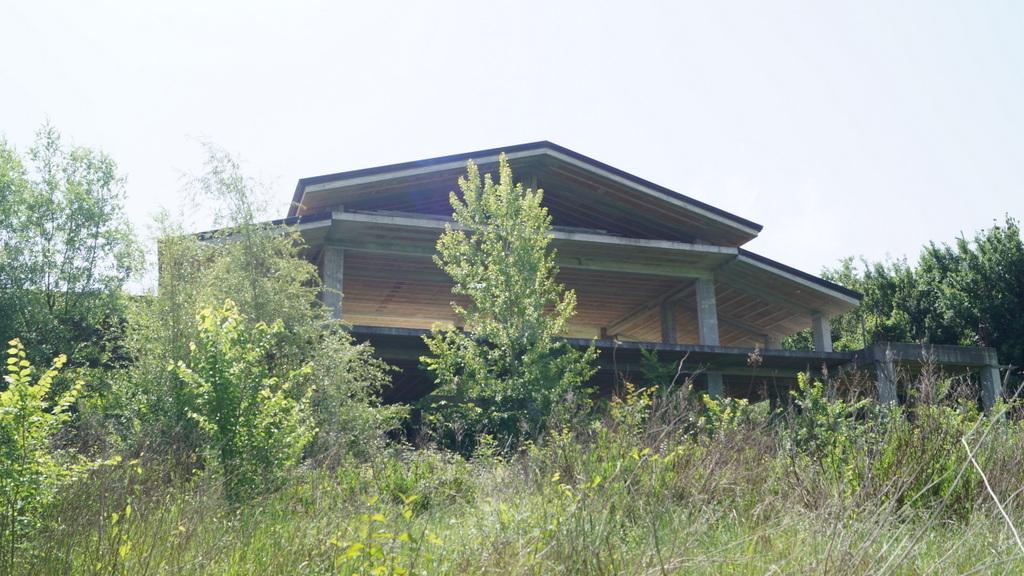 Villa a Caiazzo in via latina - 01