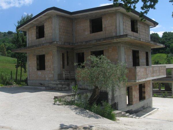 Villa a Caiazzo in via ponte - 01