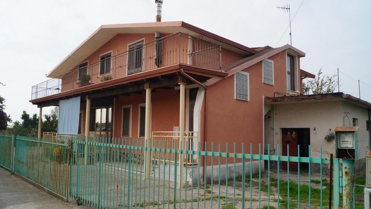 Villa a Capua in via boscariello - 01