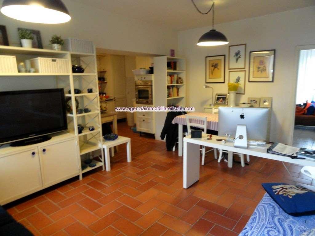 Appartamento Bilocale con giardino a Montignoso - cinquale - 01