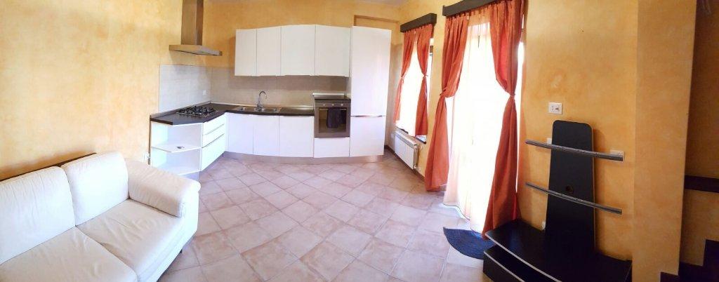 Villa con giardino a Sarzana - 01