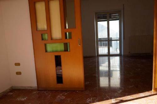 Vende appartamento a Cosenza