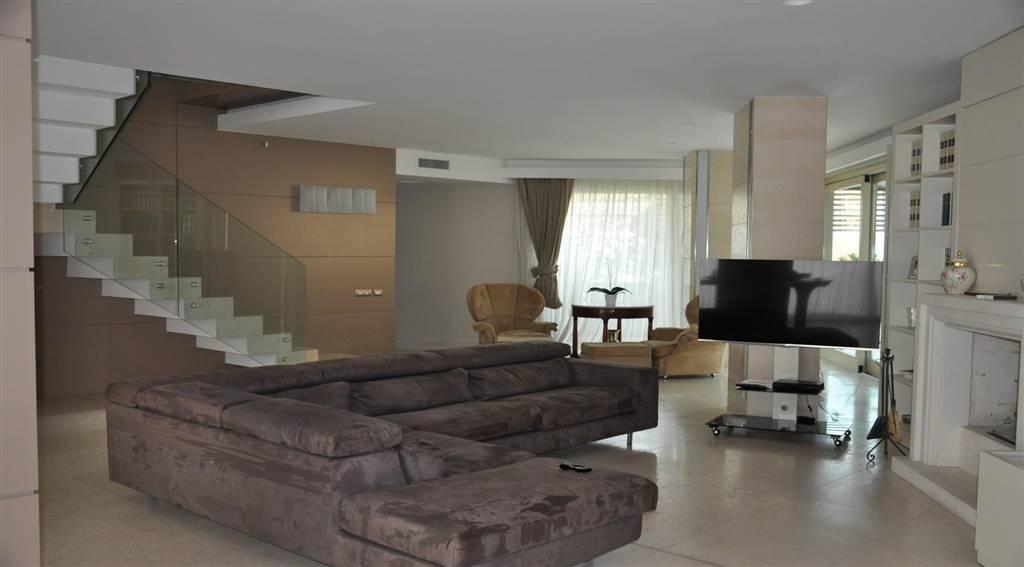 Appartamento in vendita, Cosenza via roma