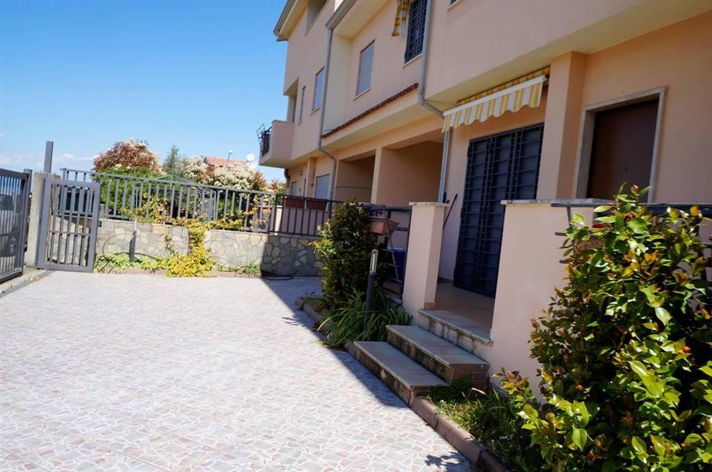 Villa con giardino a Zumpano - mennavence - 01, Foto