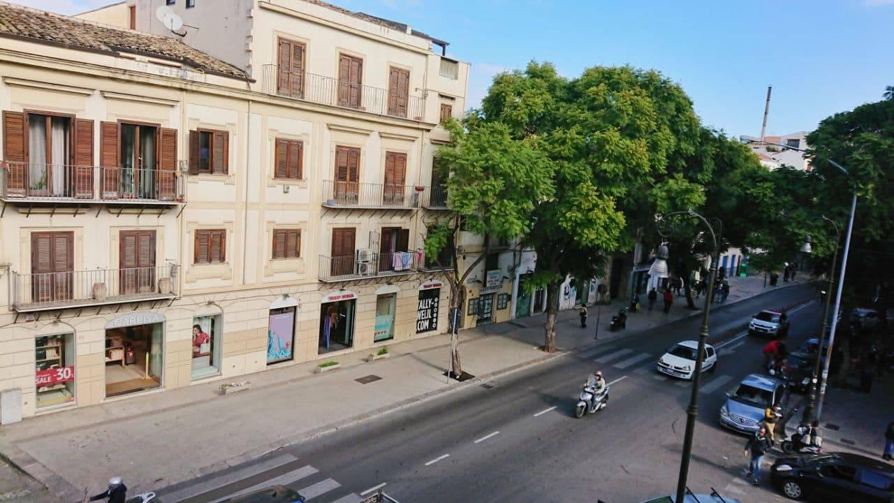 Trilocale da ristrutturare, Palermo corso tukory