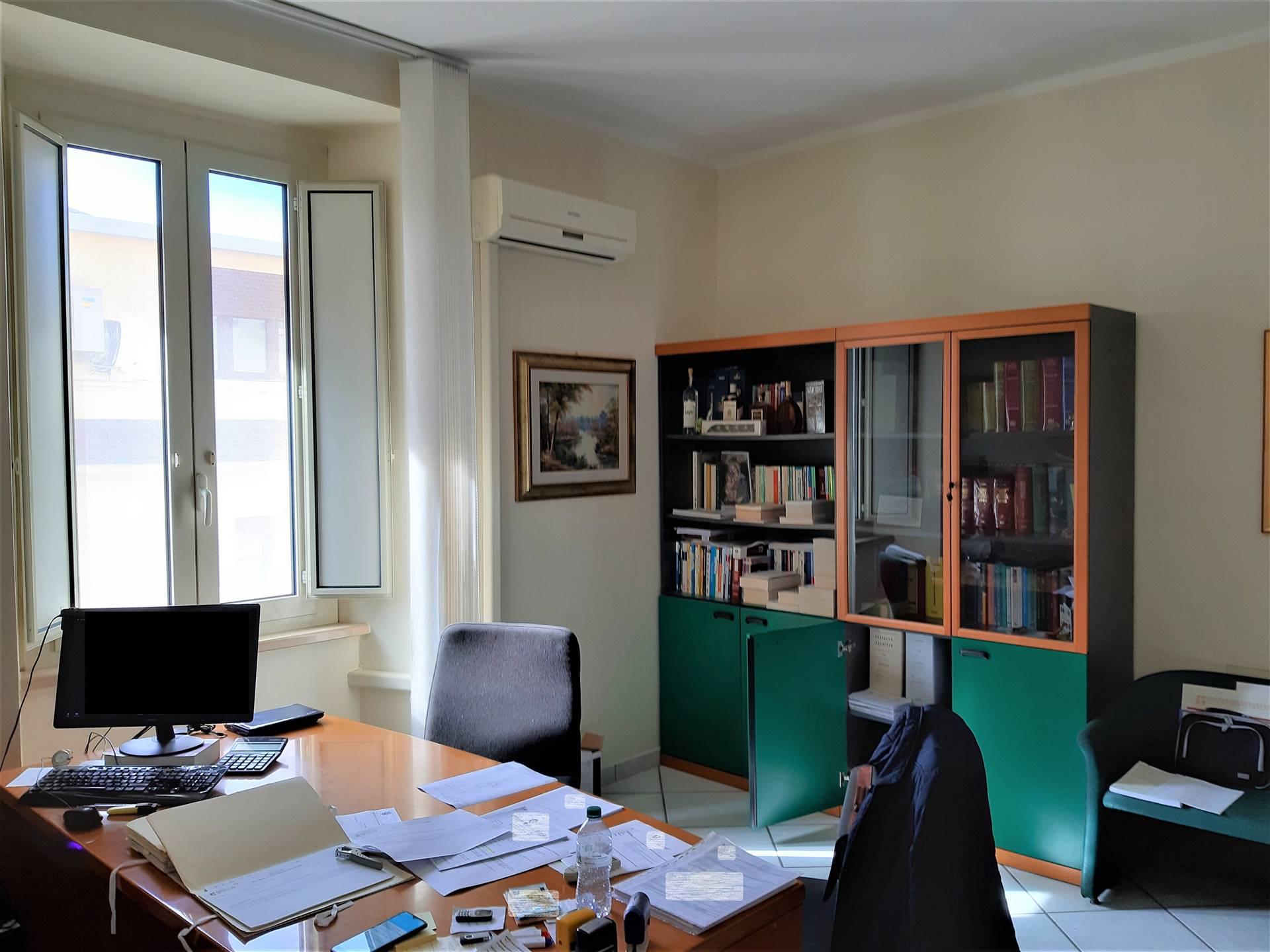 Ufficio in vendita, Catanzaro quartiere s. leonardo