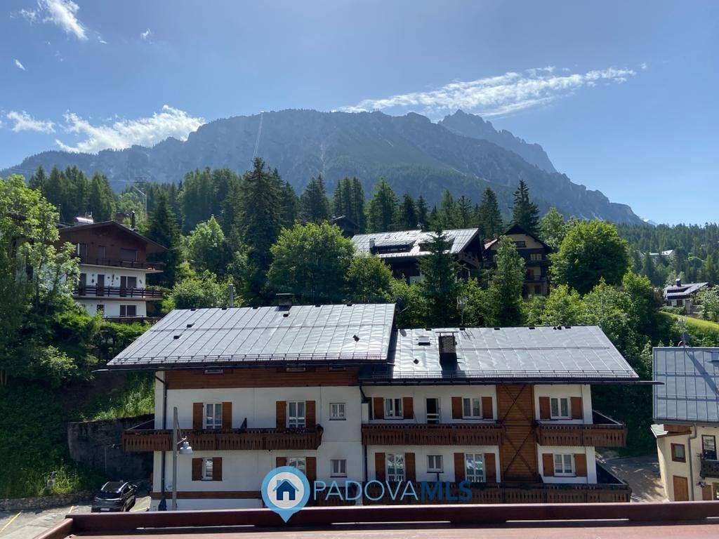 Appartamento a Cortina d'Ampezzo - 01, Foto