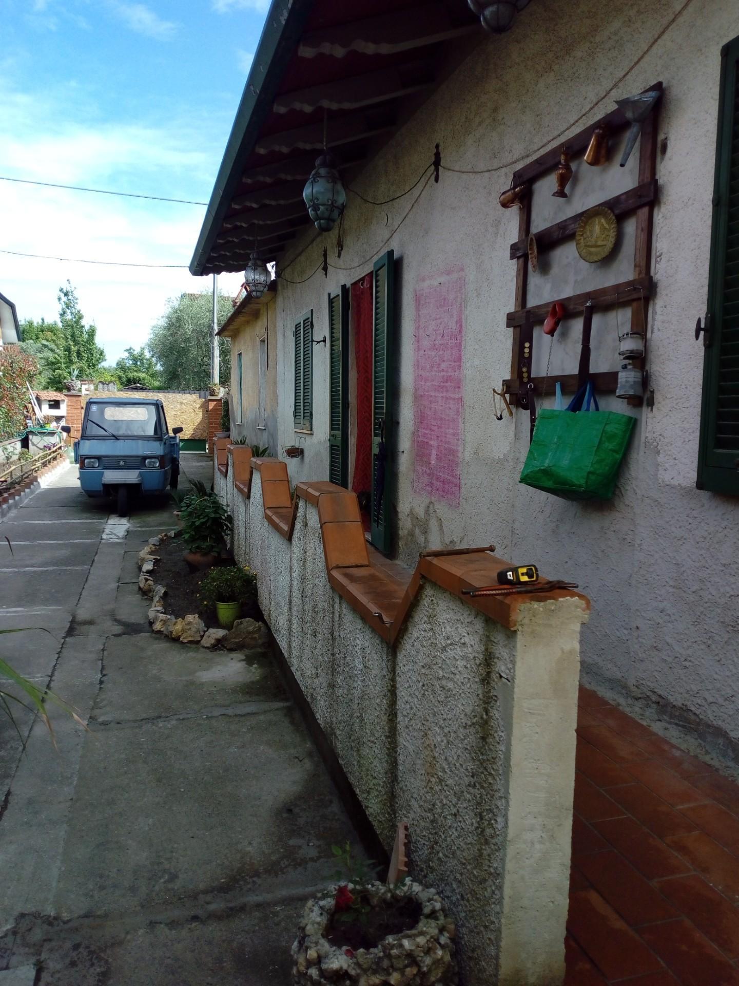 Casa indipendente a Montignoso - cervaiolo - 01