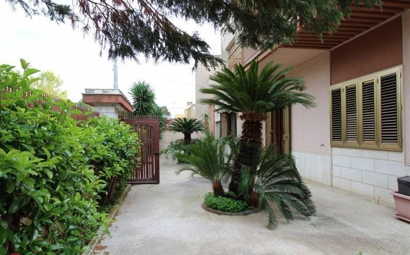 Villa con terrazzo a Alezio