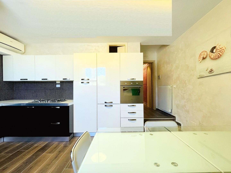 Appartamento con terrazzo, Viareggio passeggiata
