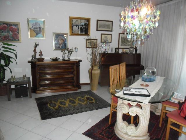 Appartamento a Carrara - avenza - 01