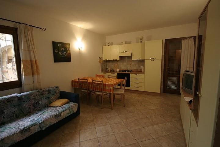 Casa vacanza arredato a San Teodoro - 01, SOGGIORNO