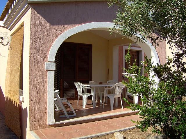 Casa vacanza arredato a San Teodoro - suaredda supra - 01, VISTA DELLA CASA