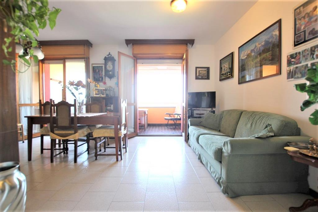 Quadrilocale con terrazzo in via brunelleschi 5, Cinisello Balsamo