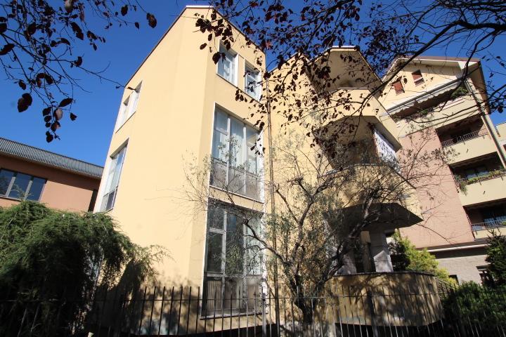 Stabile/Palazzo in vendita in via locatelli 34, Nova Milanese
