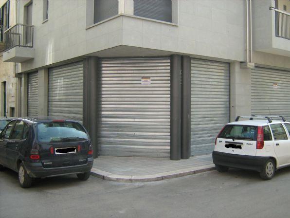 Locale commerciale nuovo a Altamura - 01, Foto