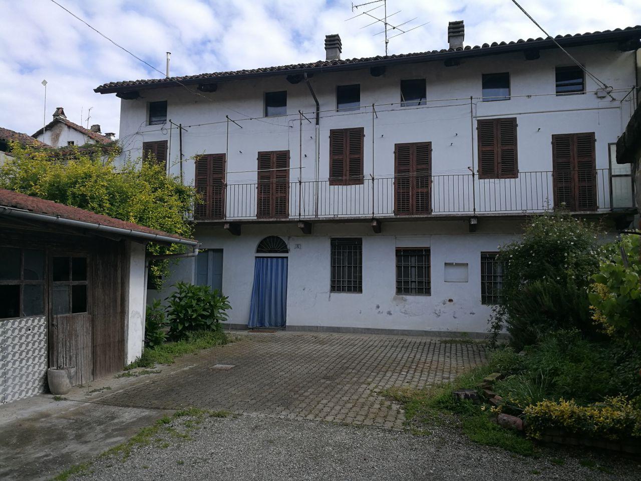 Casa indipendente con giardino clerico Crescentino