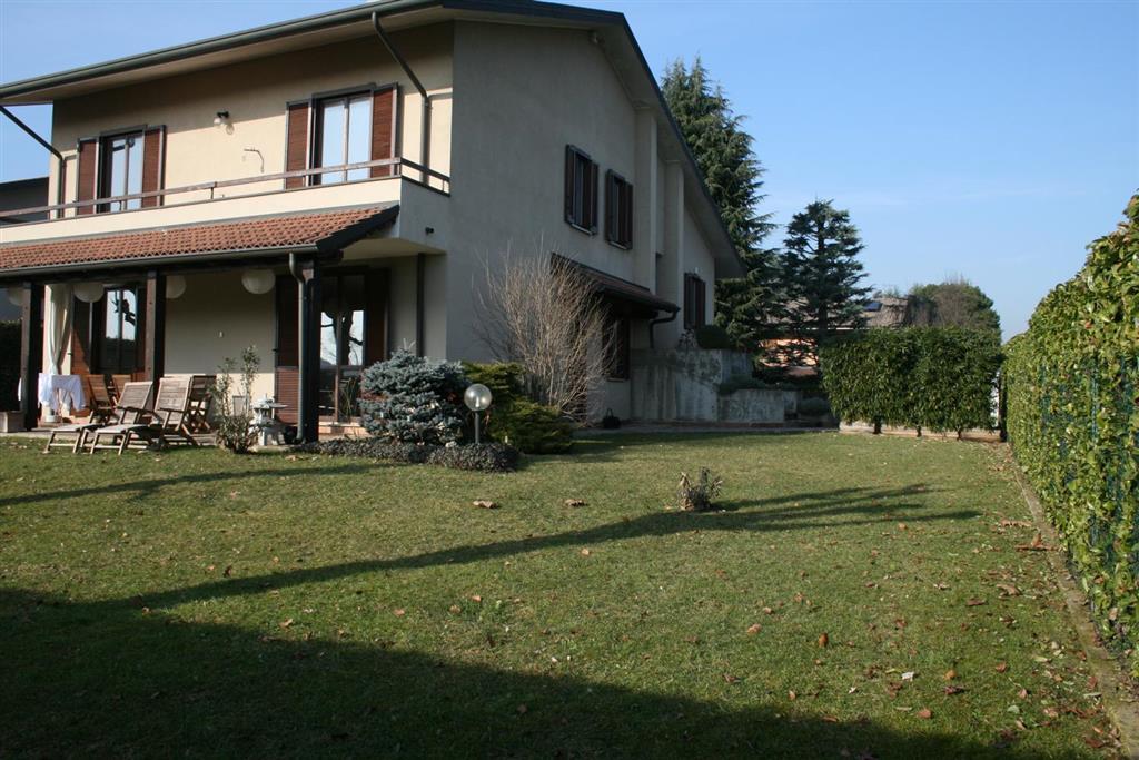 Vende villa via eurosia Casatenovo - 01