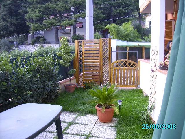 Appartamento con giardino a Pescia - 01