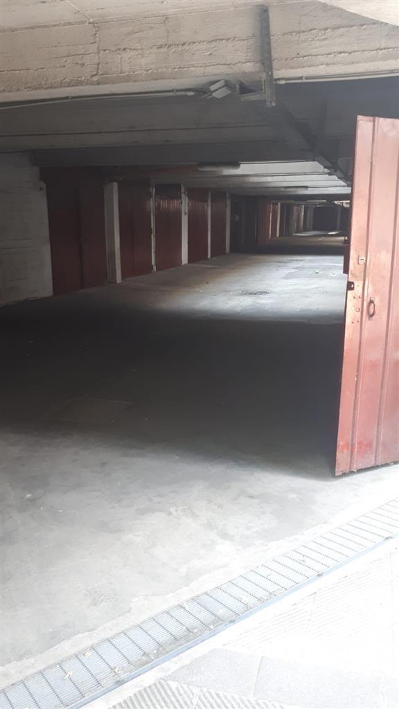 Box/Garage 15mq in vendita a Cinisello Balsamo