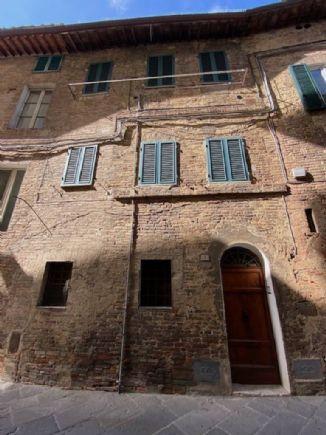 Quadrilocale in vendita, Siena fuori porta camollia