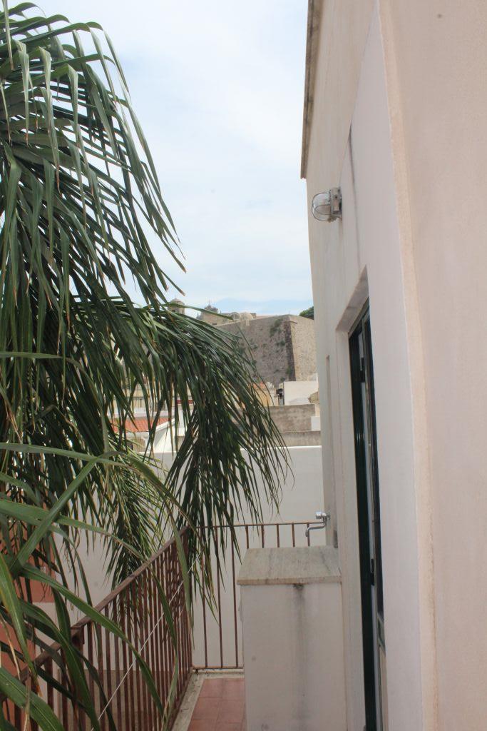 Appartamento in vendita in corso vittorio emanuele 98055 lipari me, Lipari