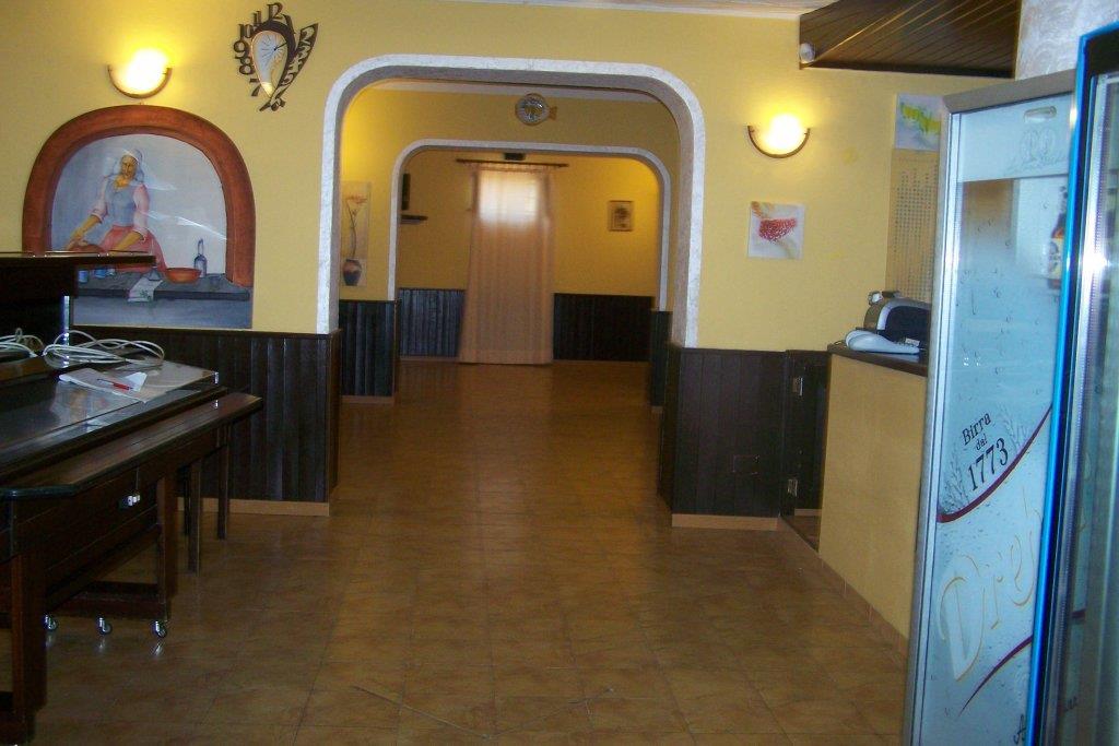 Locale commerciale con terrazzi in via stradale pianoconte 98055 lipari, Lipari