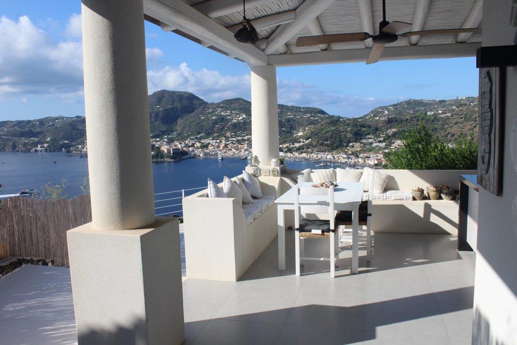 Casa indipendente arredata in affitto in via monte rosa 98055 lipari, Lipari
