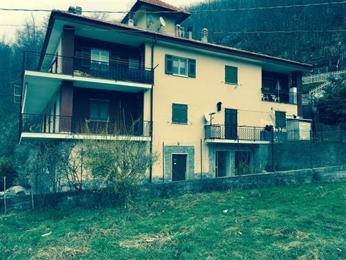 Appartamento con terrazzo a Osiglia - 01