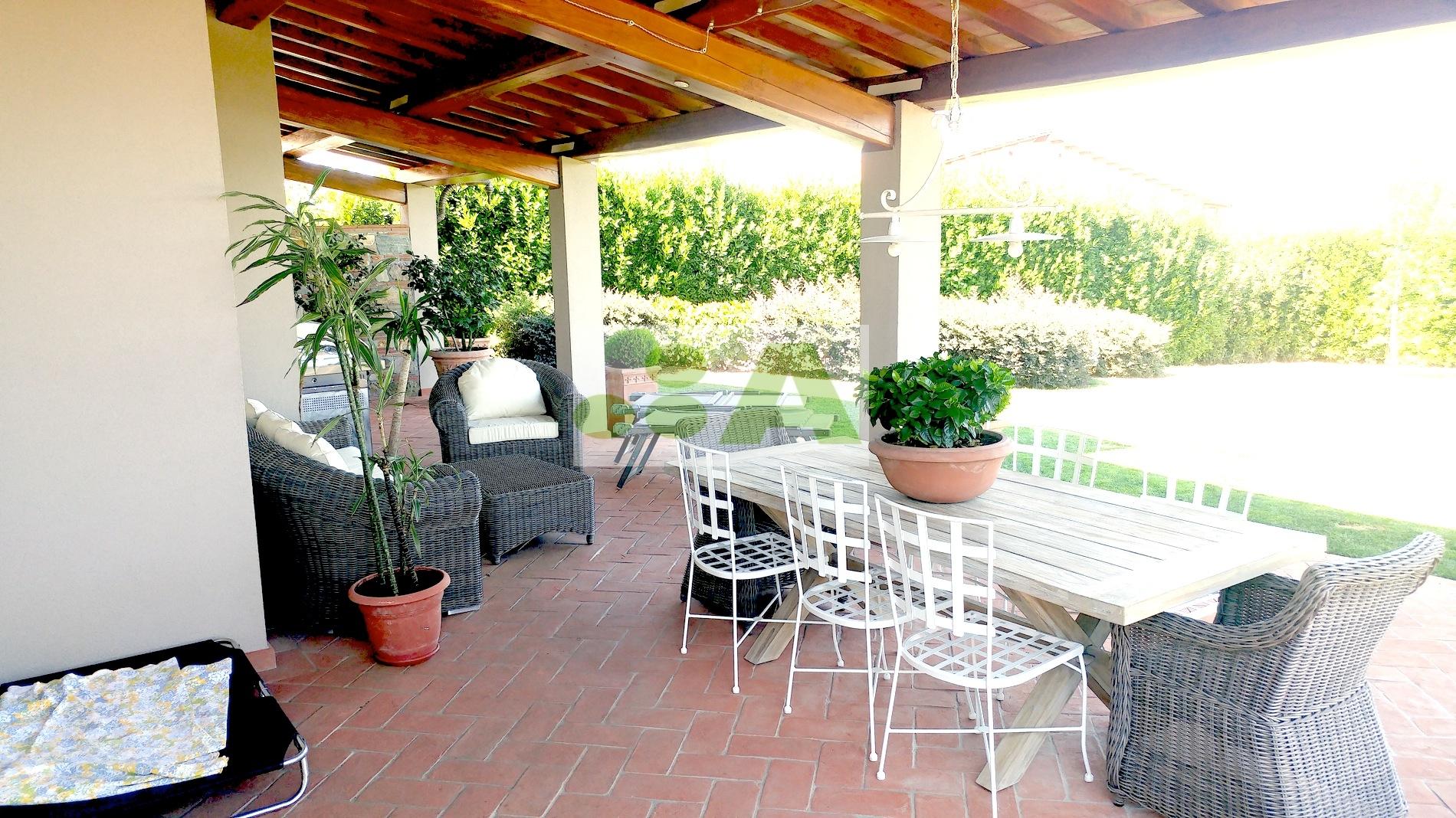 Villa a Capannori - castelvecchio di compito - 01
