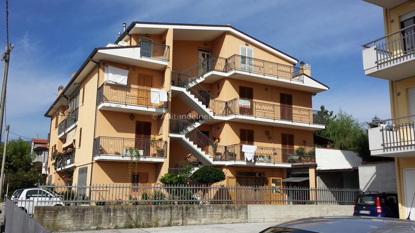 Appartamento con terrazzo a Penne - 01