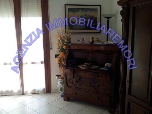 Attico con terrazzo a Empoli - carraia - 01