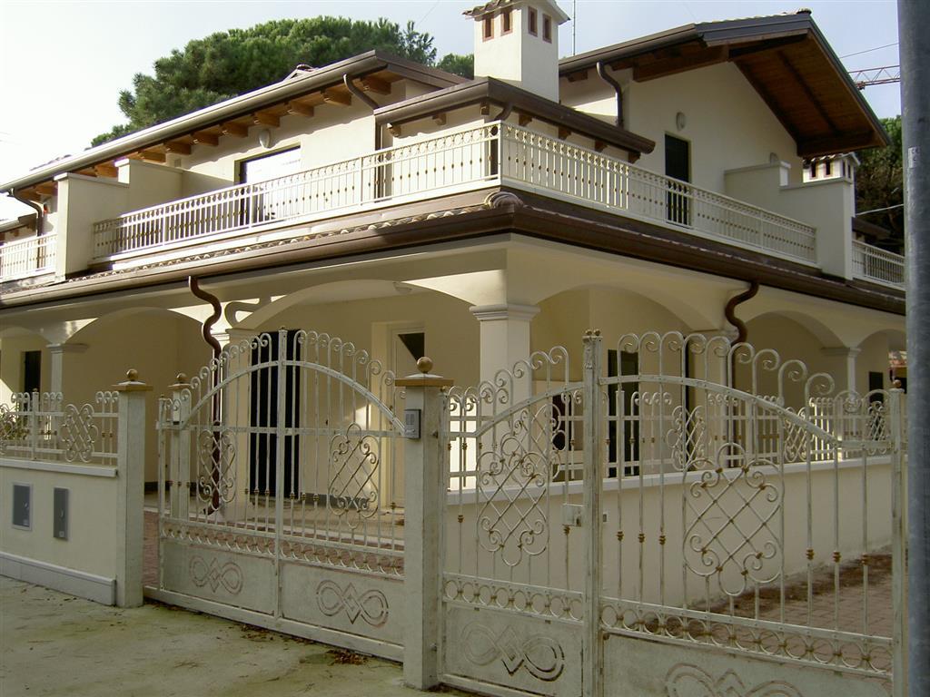 Villa a Comacchio in via bramanate 33 - lido di spina - 01