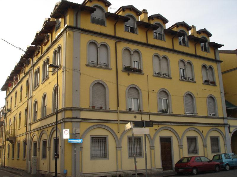 Vende appartamento Cinisello Balsamo vicinanze p.zza italia - 01, Facciata