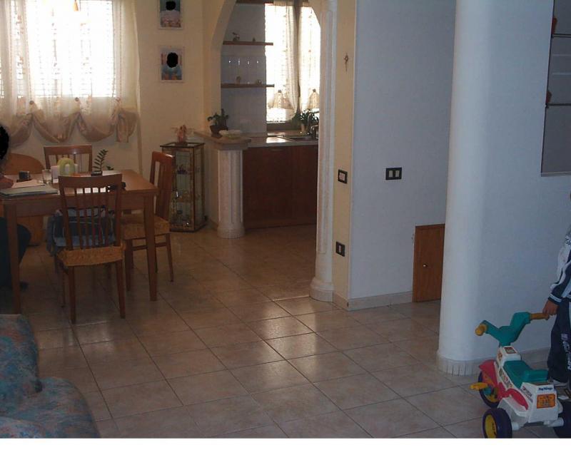 Appartamento con terrazzo Acquaviva Collecroce
