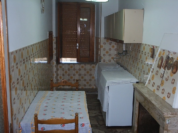 Appartamento da ristrutturare Acquaviva Collecroce