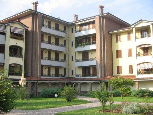 Appartamento con box a Mediglia - 01