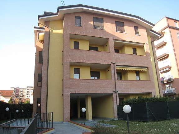 Appartamento con giardino a Cinisello Balsamo - 01