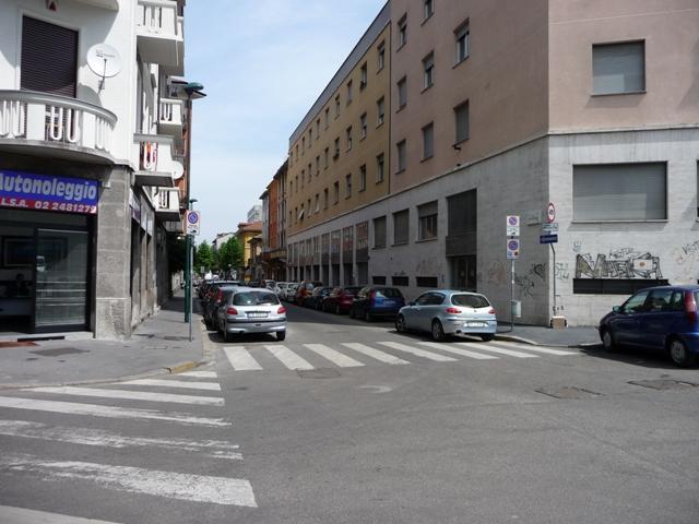 Negozio a Sesto San Giovanni - 01