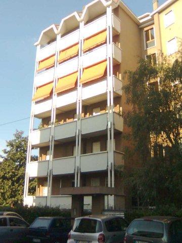 Vende appartamento con box singolo a Lissone - 01