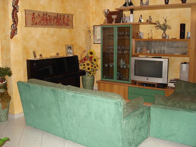 Vende appartamento ristrutturato a Cinisello Balsamo - 01