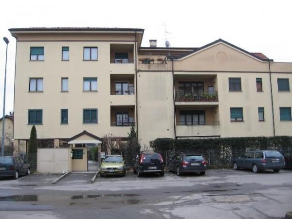 Vendo appartamento con box singolo a Monza - 01