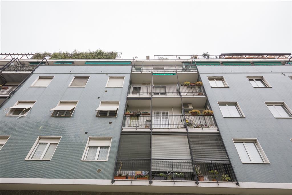 Appartamento ristrutturato in via martinazzoli 2, Milano