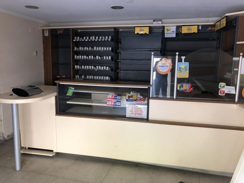 Magazzino in vendita a Cosenza