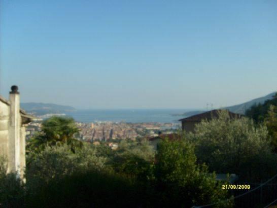 Casa indipendente con giardino a La Spezia - la foce - 01, Foto
